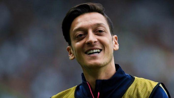 Mesut Özil Fenerbahçe'de mi?